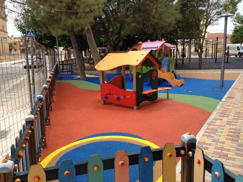 rehabilitacion suelo patio de colegio