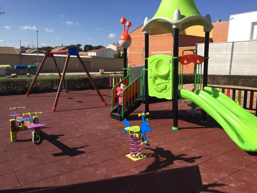 suelo de seguridad para patio de colegio